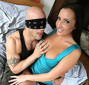 Hot Teen Blindfold Porn Pictures