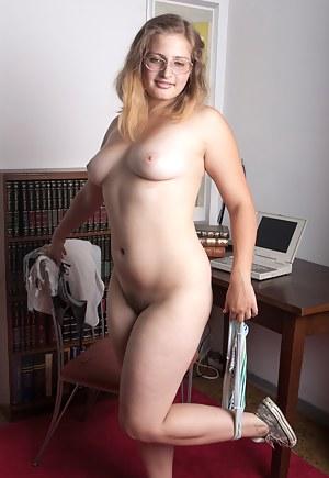 Hot Amateur Teen Porn Pictures
